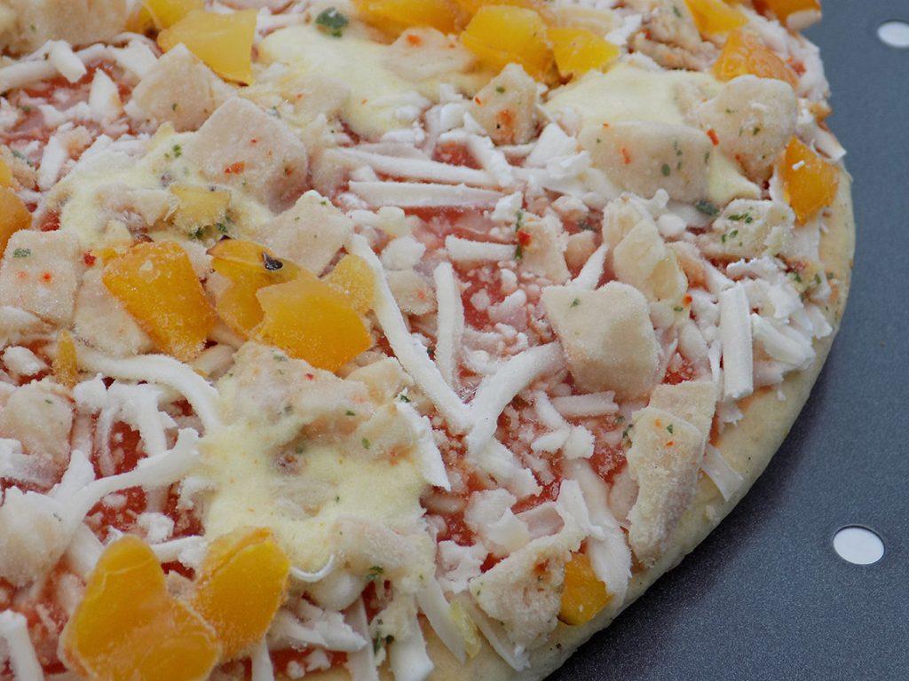 Dr Oetker Cauliflower Crust Pizza Review - Frozen Pizza Chicken Peppers
